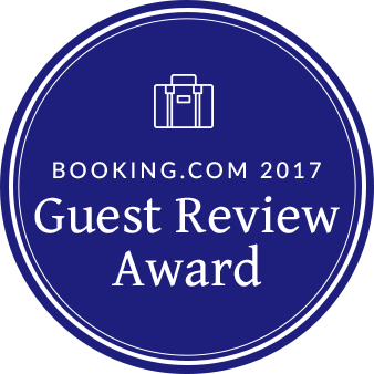 Booking.com 2017 - Guest Review Award - Badge